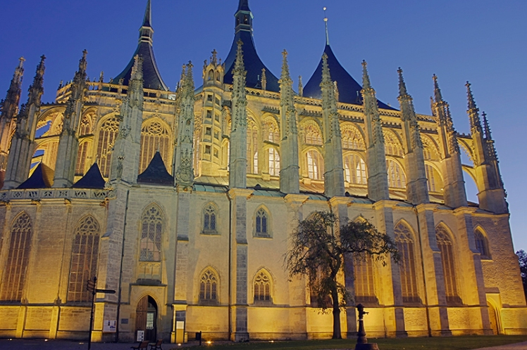 Kutna Hora Cathedral exterior 2
