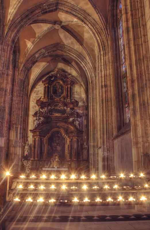 Kutna Hora Cathedral interior 3