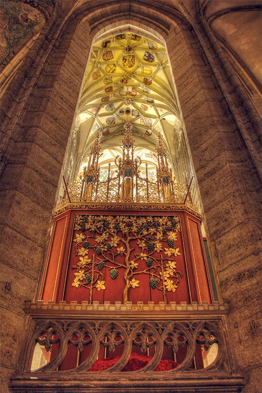 Kutna Hora Cathedral interior 9