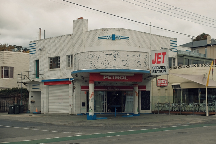 The very funky Jet Service Station building is a great example of 1950's style.