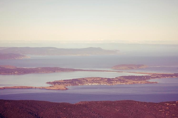 Looking SE towards South Arm and the Tasman peninsula beyond.